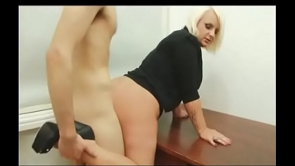 Best Mom Secretary Fucked Over Desk. See pt2 at goddessheelsonline.co.uk Thumb