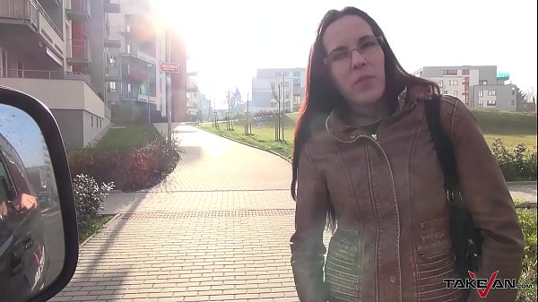 Glassed real estate agent belive stranger is her customer and fuck