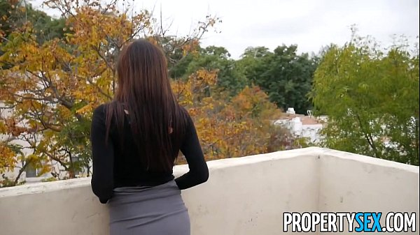 PropertySex - Cheating on wife with hot real estate agent Thumb