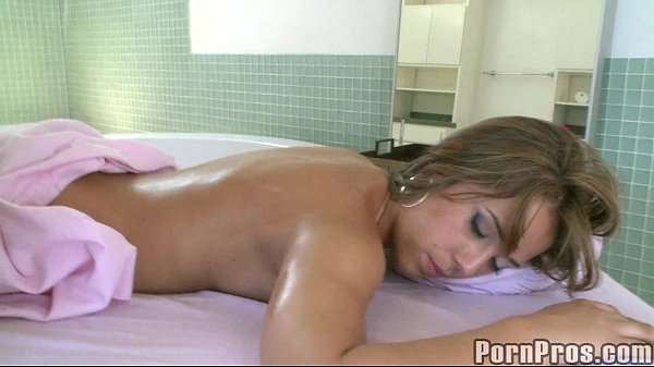 Gorgeus Girl Gets Perverted Massage.2