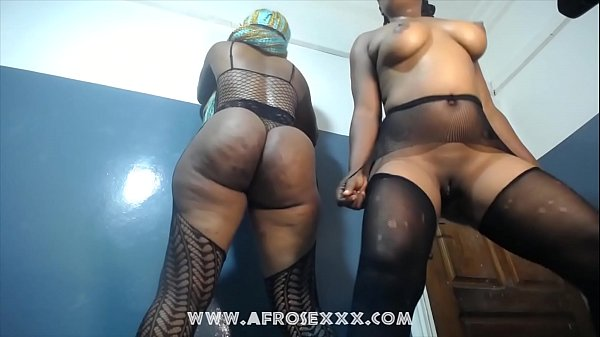 Sexy African girls naked dance with pantyhose Thumb
