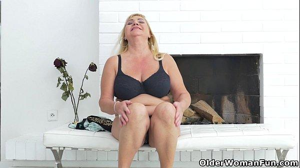 Porno con vecchie ragazze sciolte