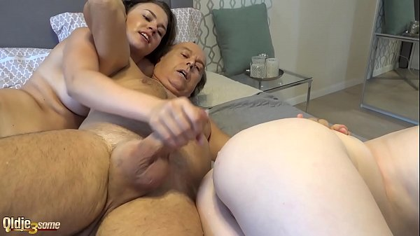 Hard double blowjob cum licking and pussy penetration Thumb