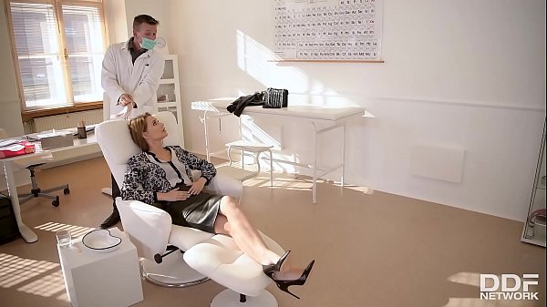 Deepthroating the Dentist