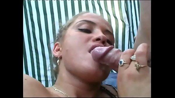 swallowing all tasting cum