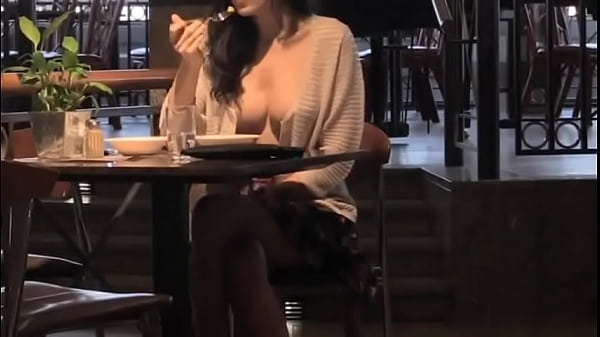 Topless in a restaurant Thumb