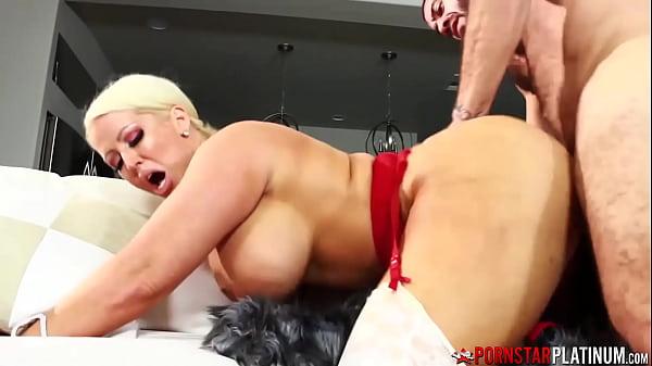 PORNSTARPLATINUM Busty Cougar Alura Jenson Creampied