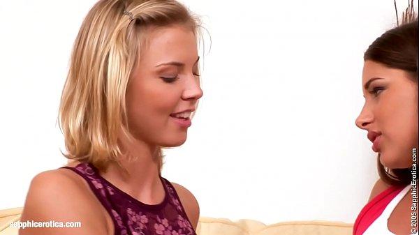Licking Foursome sensual lesbian scene by SapphiX Thumb