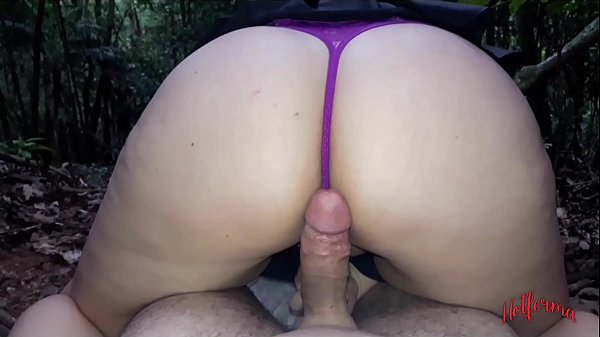 Lost blonde in the park fucks with lucky guy in public
