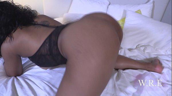 Ebony Thot Mia Cheats on Her Boyfriend with Professor Thumb
