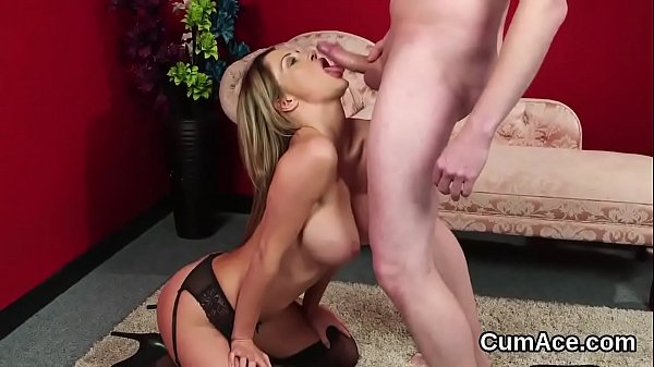 Wacky honey gets cumshot on her face eating all...