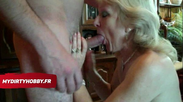 MyDirtyHobby French - French milf gives blowjob