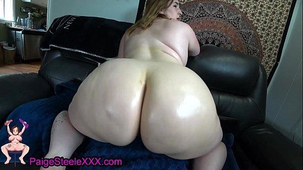 Thick Slut Gives Her Man A Thigh-job