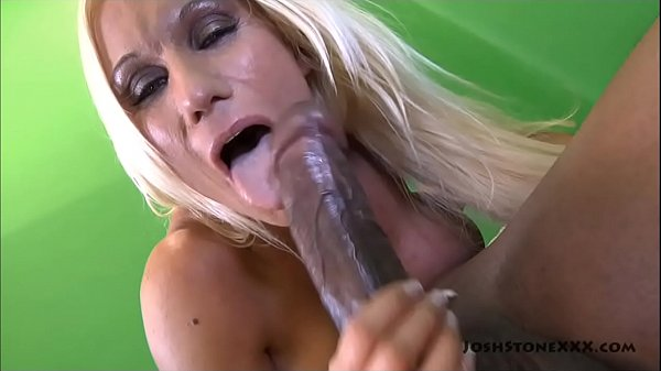 Big Tit Blonde MILF Ashley Chambers Sucks Big B...