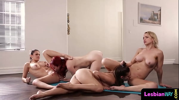 Yoga babes pussylicking in foursome