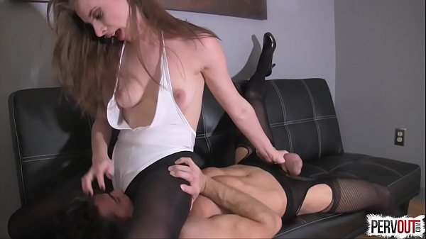 Anya Olsen Fucks a Guy Then Makes Him Eat Her C...