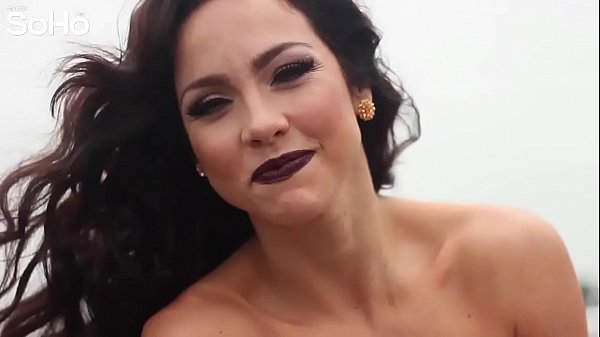 Cholotube.com.pe: Paloma Fiuza strips naked for Soho
