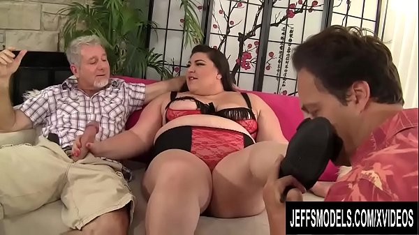 Hot BBW Bella Bendz Occupies Her Mouth and Asshole with Two Older Dicks  thumbnail