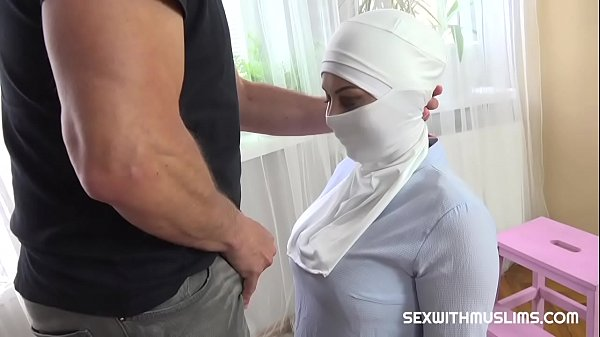 Woman gets fucked for not doing her duties