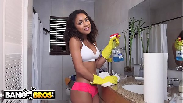 BANGBROS - y. Latina Maid Nicole Bexley Gets Do...