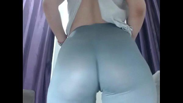 Hot girl ass show