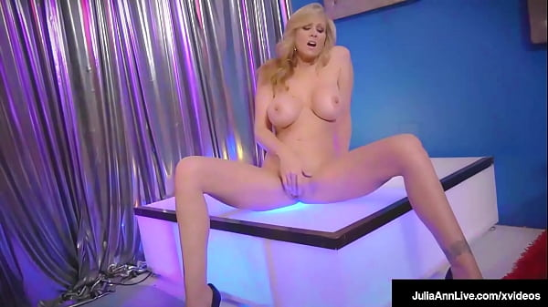 Stripper Mom?! Big Tits Cougar Julia Ann Finger Fucks After Stripping!