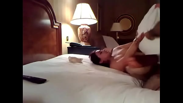 New married couple fuck in hotel