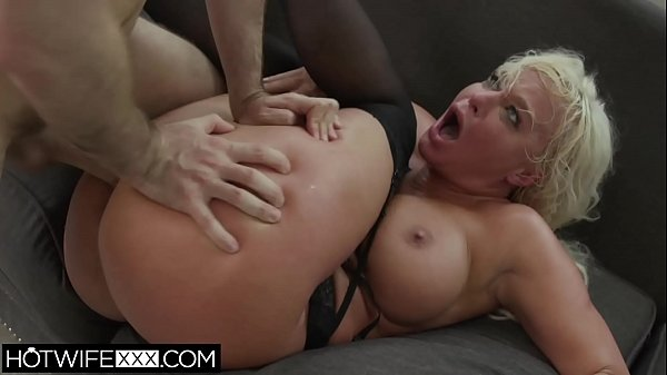 Blonde Big Tit Milf Wife London Big Ass Anal ATM Thumb