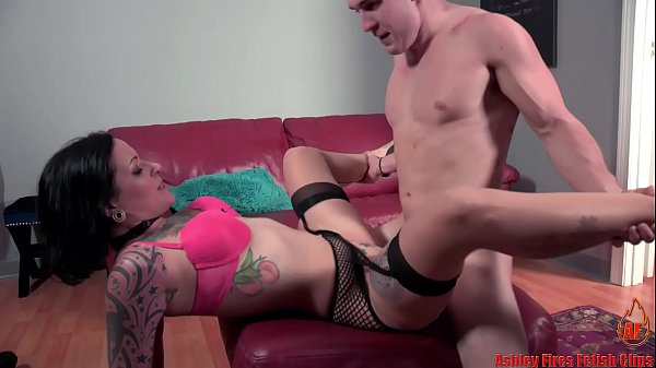 This Hurts Mommy More (Modern Taboo Family)