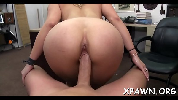 There's some sex in shop going on in this hot clip