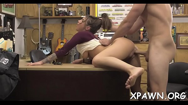 Moglie con giovane uomo foto porno