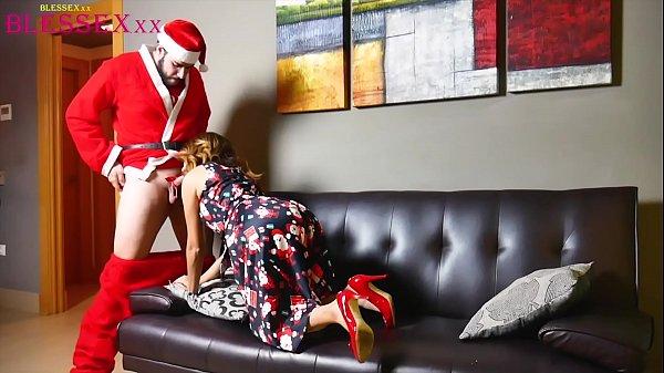 Christmas stories and sex - Magic Javi & Susy Blue Thumb