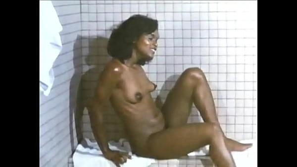 Fatal Pulse: Sexy Nude Sauna Girl (Edited Version) (Forwards/Backwards) (HD)