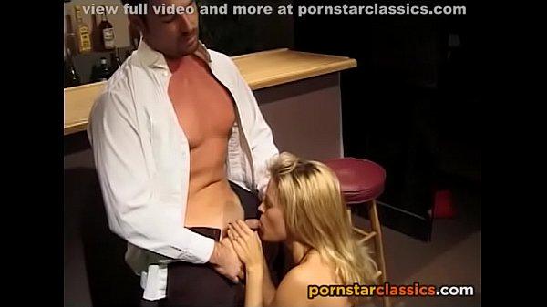 Retro blonde whore loves cum like the bear loves honey