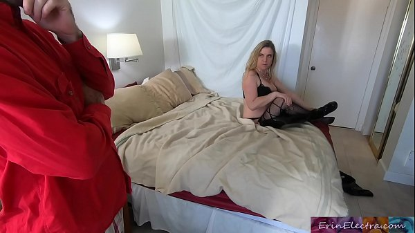 Stepmom shares bed with horny stepson and gets ...