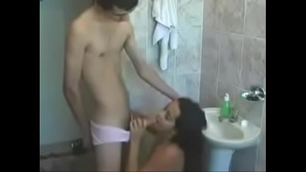 Real Amateur Young Brazilian Couple Show Fucking From 6969cams.com  thumbnail