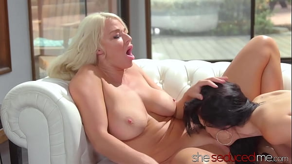SHESEDUCEDME MILF Silvia Saige Pussy Licked By ...