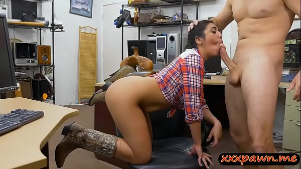 Country girl gets her butthole banged