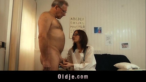 Sick old senior gets oral young recipe from his...
