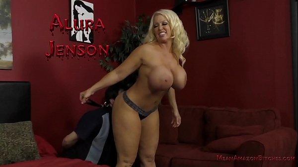 Big Butt Facesitting - Alura Jenson - Femdom