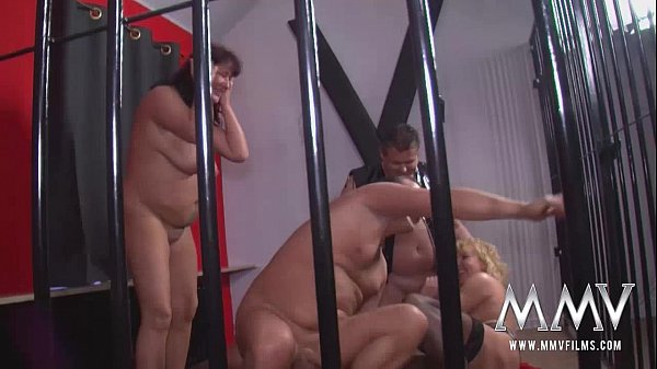 MMV FILMS Swingers in a cage Thumb