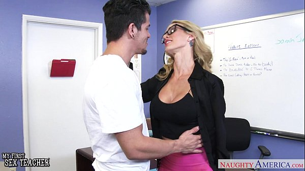Busty sex teacher Sarah Jessie gets fucked Thumb