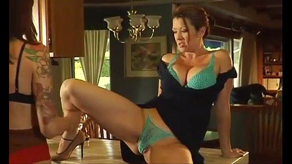 MOMS HAVING SEX ON KITCHEN...usb - xHamster com Thumb