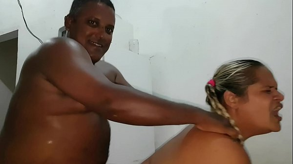 Paty Bumbum Looking for a Black Guy in the Favela !!! Black and white