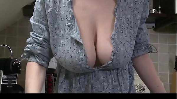 DOWNBLOUSENOW.COM - Downblouse Striptease & Big Boobs Thumb