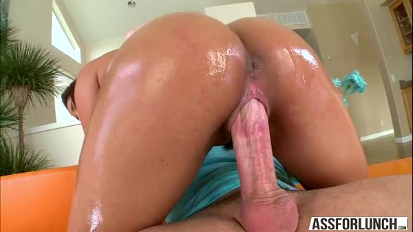 Damn gorgeous hot Gia gets her pussy destroyed by a hard long cock