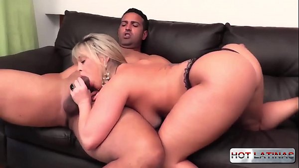 Blondedilating her ass- Cibelle Mancinni - Tony Tigrao