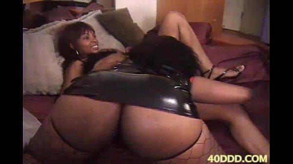 Big Tit Cougar Interracial