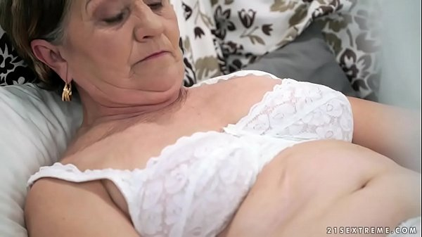 Old hairy pussy filled with young cock Thumb