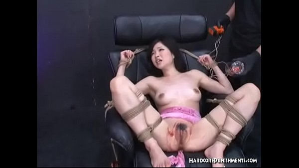 Bound Toyed Pumped And Pulsed Asian Beauty In B...